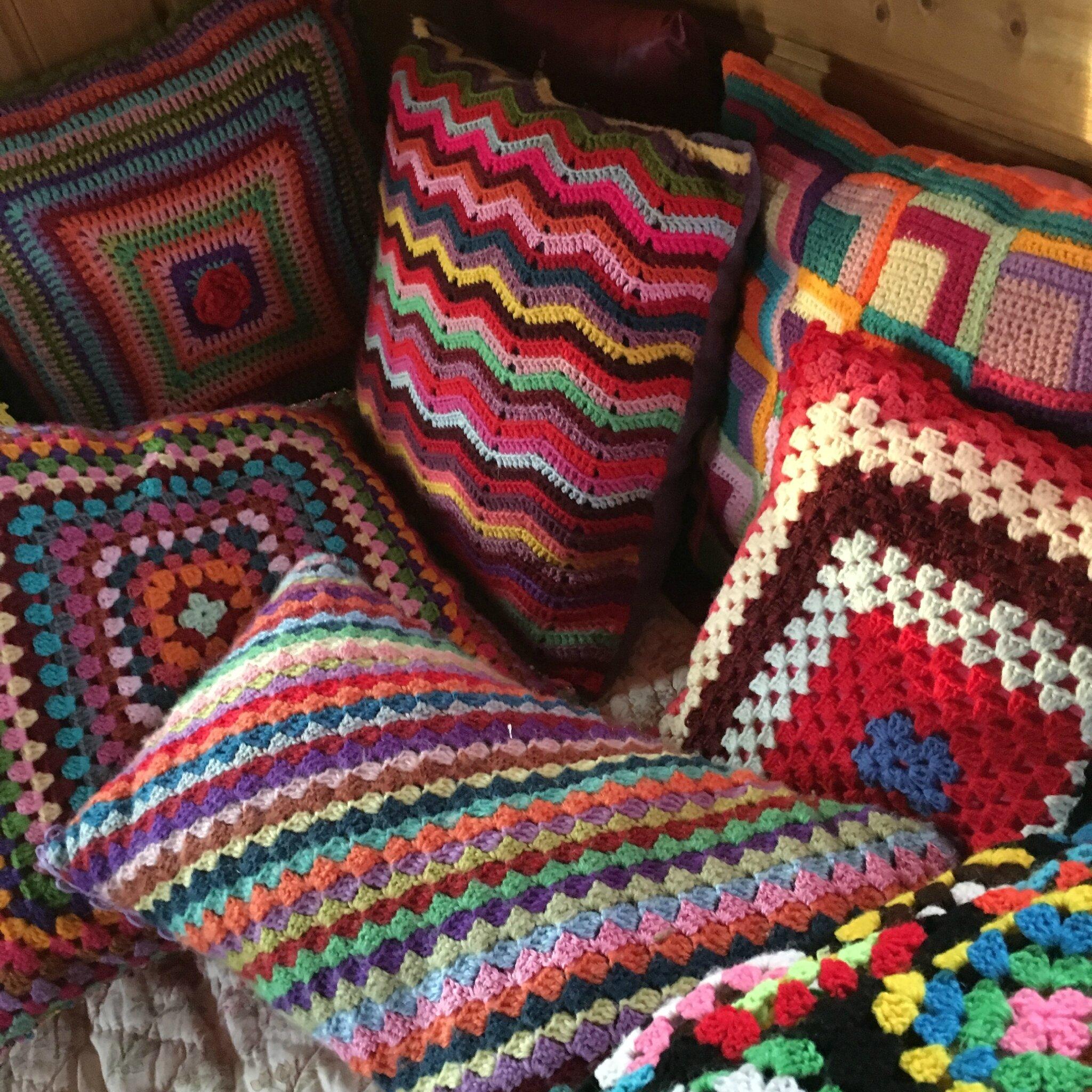 coussin crochet granny mania