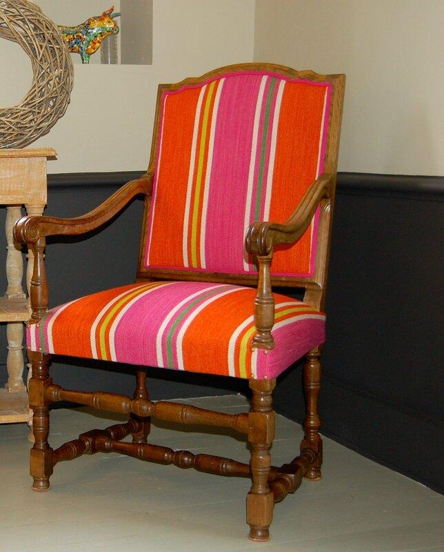 fauteuil de style louis xiii photo de