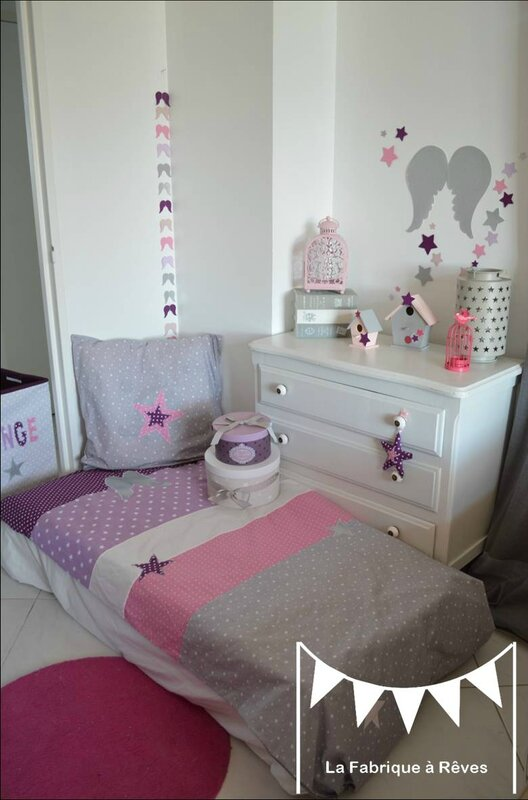 Dcoration chambre bb et linge de lit parme violet rose