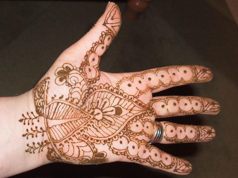 Henna main  Photo de Tatouages au henn  Tatouages au henn et autres orientalichoses