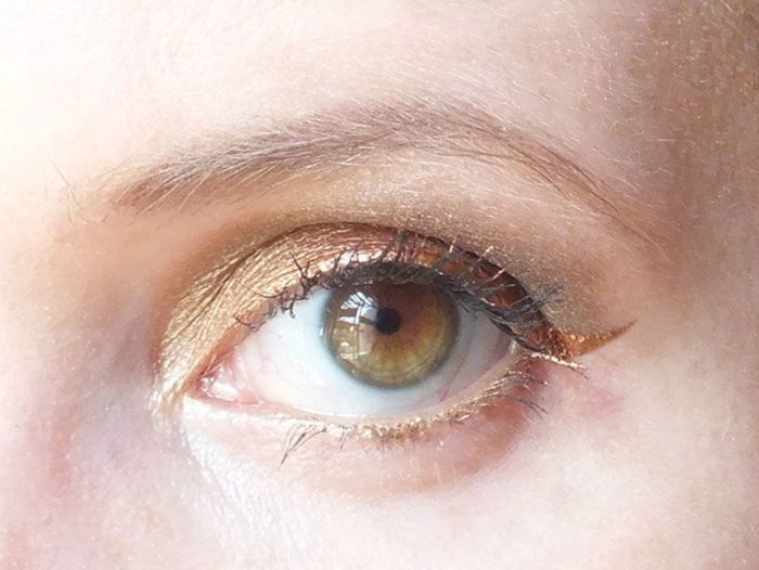 smuf-saturday-makeup-fever-nature-urban-decay-eye-liner-mua-bourjois-naked2-alice-in-wonderland-oraculum-yeux (4)