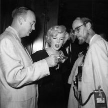 1958 07 08 Beverly Hills Hotel Slih Party 064 3 With Earl