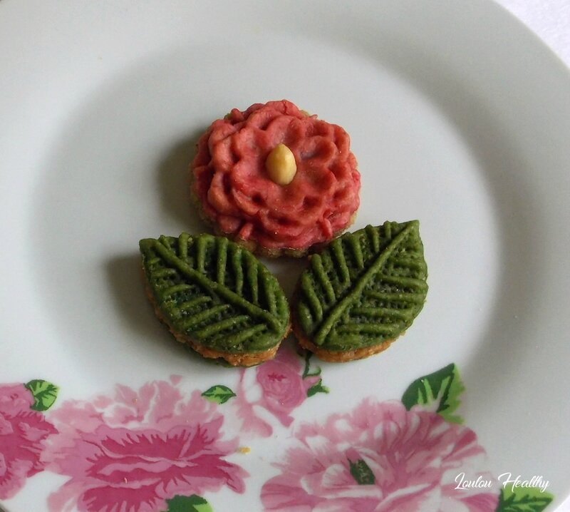 m chekla fleur, feuille3