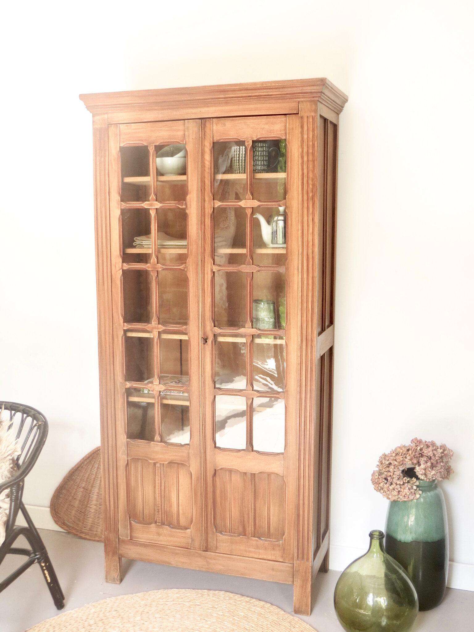 armoire ancienne vitree bois massif