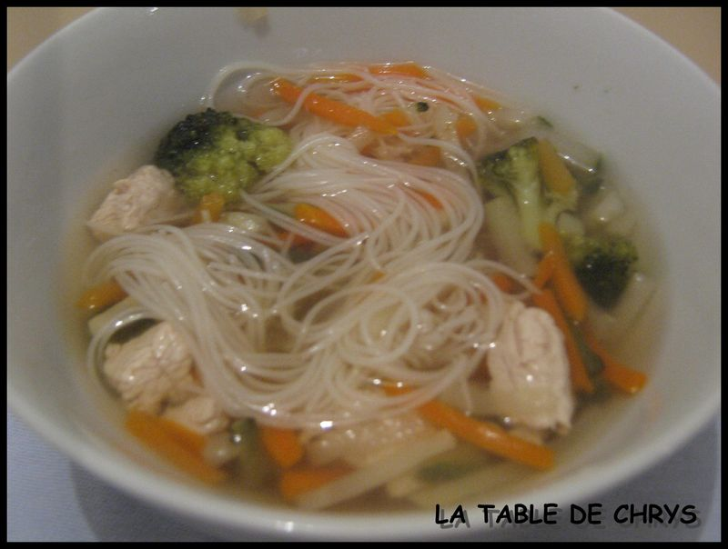 SOUPE CHINOISE  LA TABLE DE CHRYS