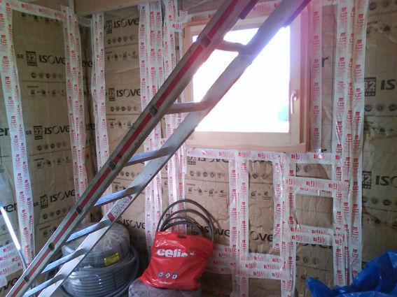 ISOLATION DU REZDECHAUSSE  autoconstruction de notre maison bois