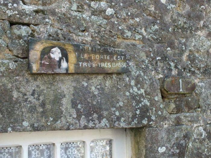 locronan-bretagne-finistere-touristique-boutiques-specialité-bretonnes-authentique-village-de-caractere-chocolatier-hortensias-chouans-monuments-historiques (19)