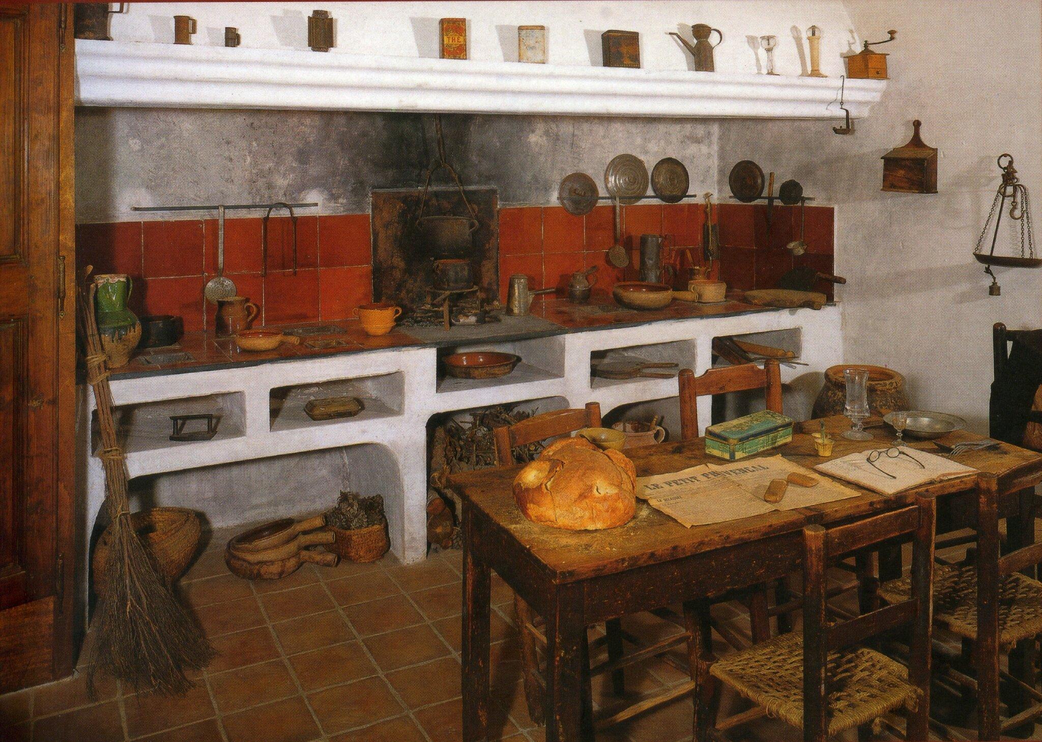 Objets et ustensiles de la cuisine  Passion Provence