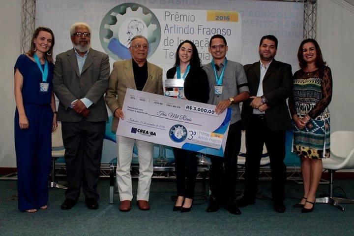 A equipe de Paulo Afonso recebeu um cheque no valor de R$ 3 mil pela conquista do terceiro lugar no concurso.
