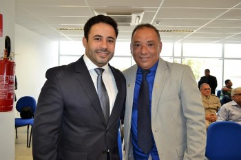 Prefeito David Cavalcanti ao lado do vice, José Nilson.