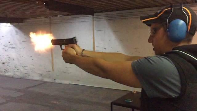 Schnupperschießtraining mit echten Waffen für Jedermann