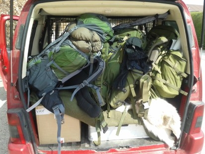 Bilen pakket godt om med baggage til tre mand.