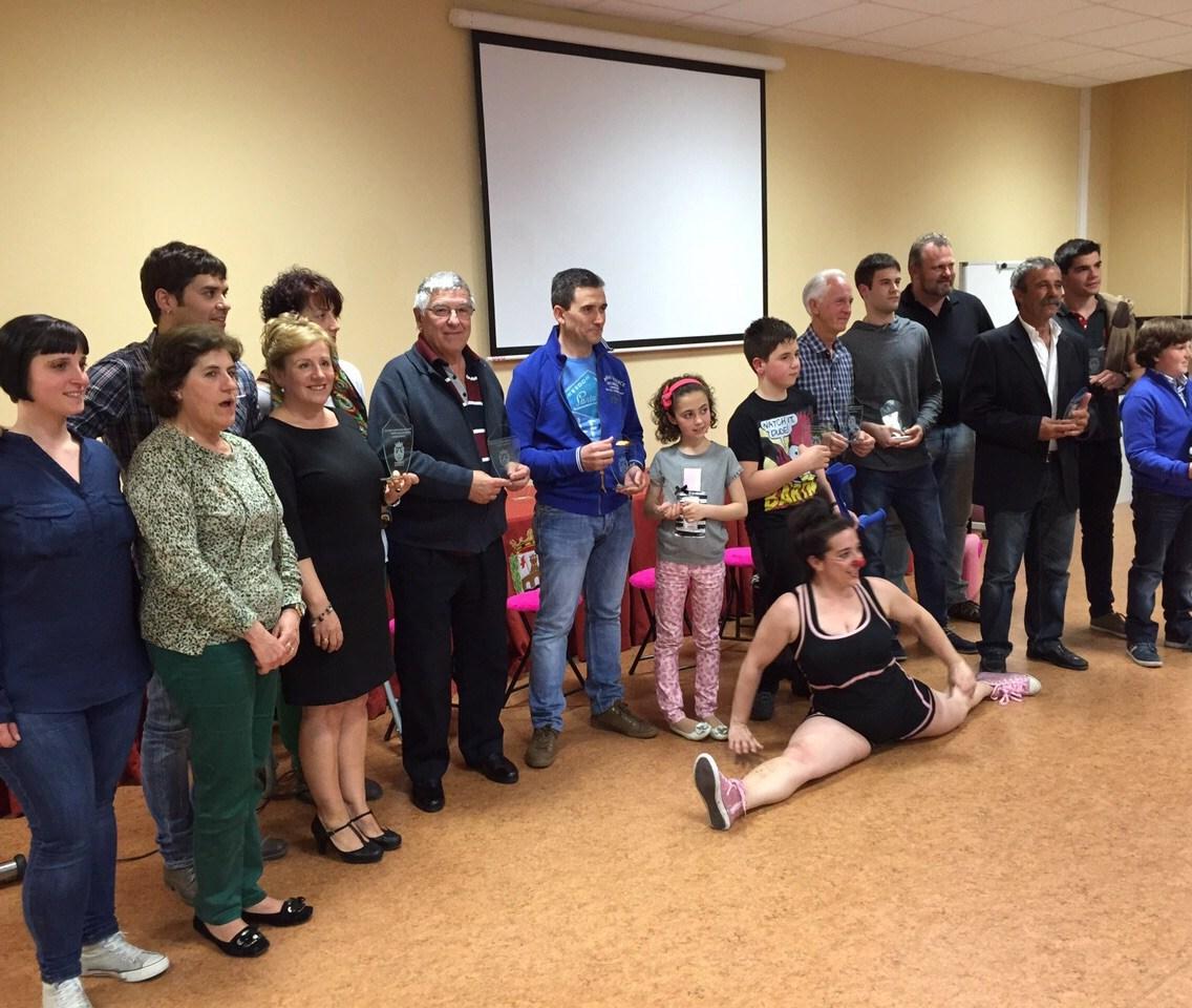 Foto de familia tras la entrega de los reconocimientos del Deporte 2015