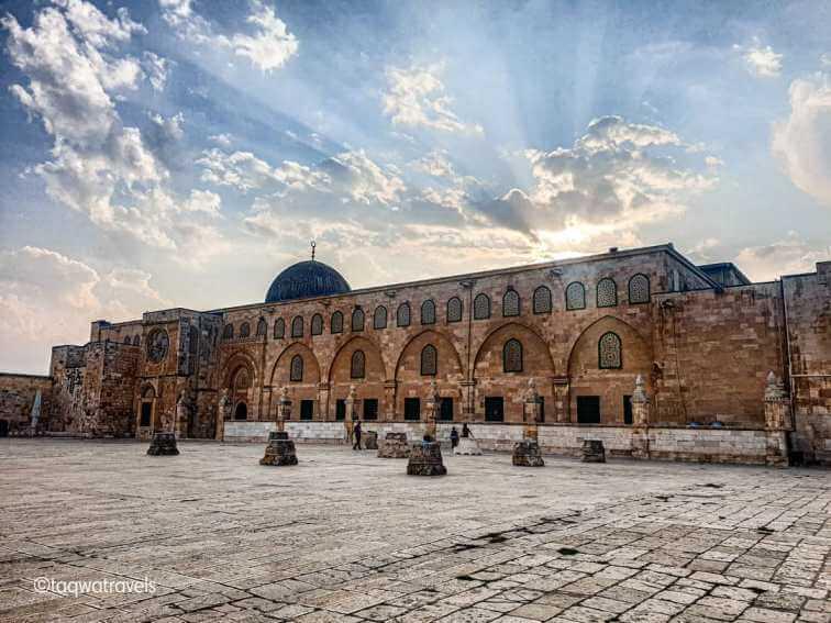 Inilah Masjid Tertua di Dunia