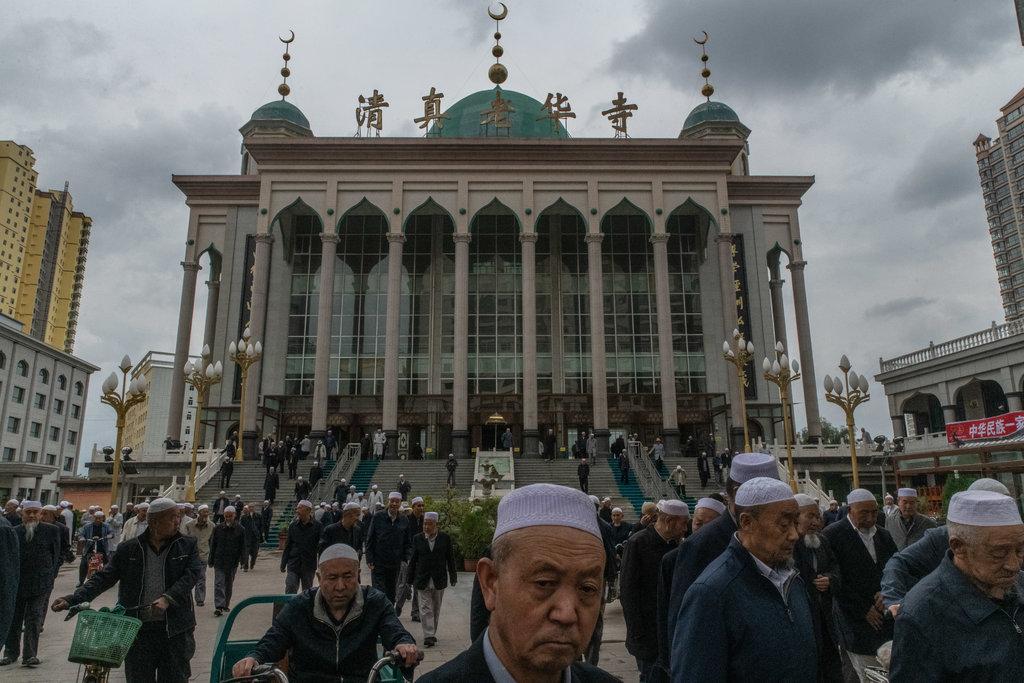 Keutamaan Pahala Memakmurkan Masjid