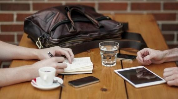 Cara Memulai Usaha Tas untuk Media Promosi