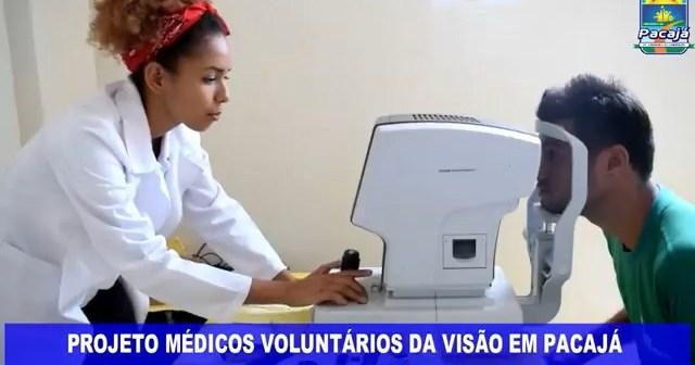 Médicos voluntários da Visão