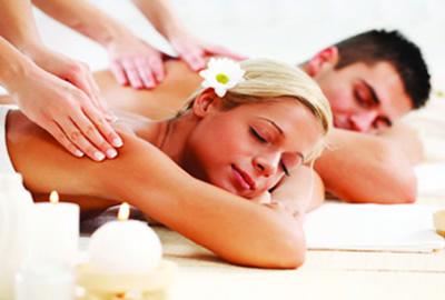 Lluxury honeymoon package