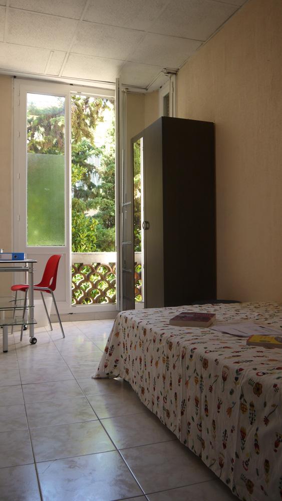 Chambre standard dans la résidence étudiante de la prépa médecine paces+ Nice
