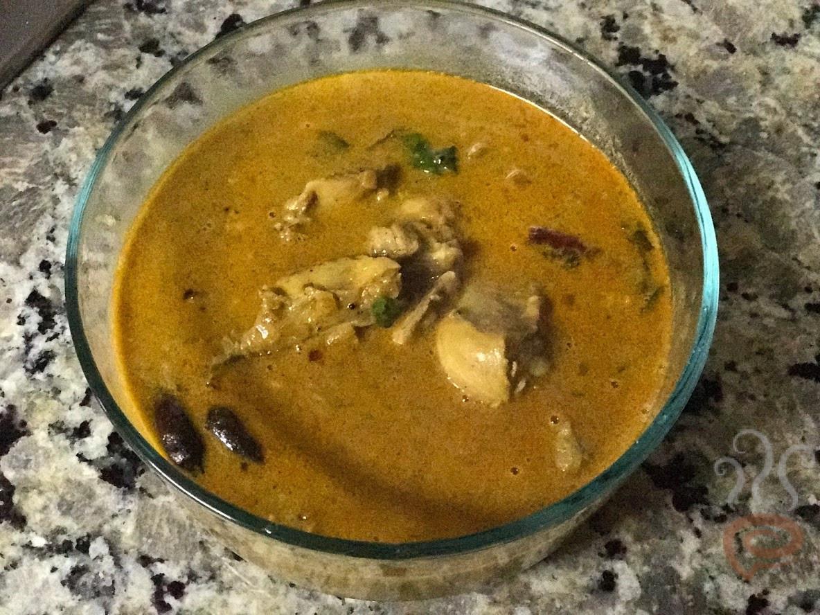 Varutharacha Mutton | Varutharacha Chicken Gravy