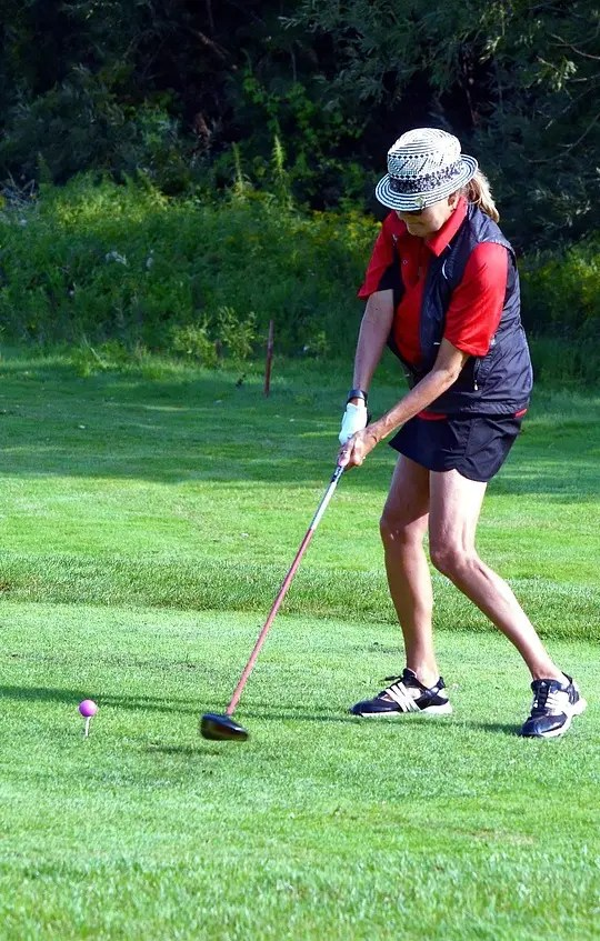 golfer after getting PRP joint injections