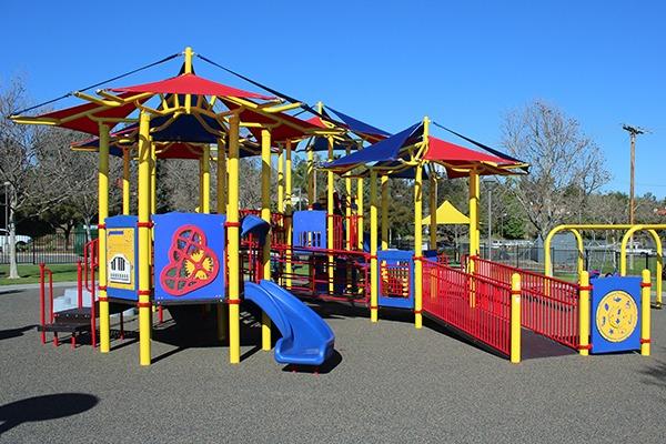 inclusive playground transfer ramp