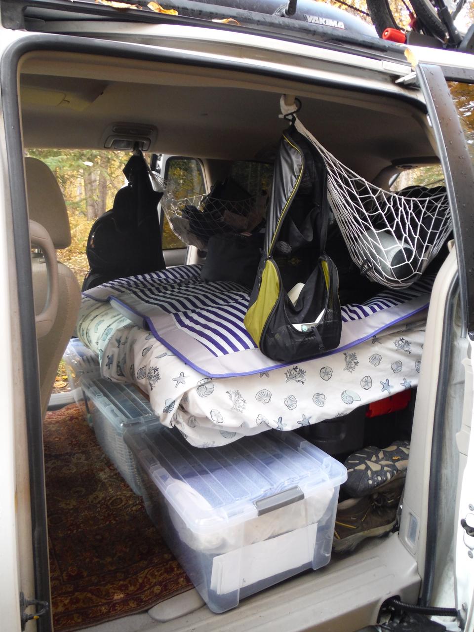 Minivan camping toiletry bags