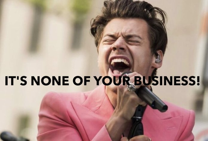 """Harry Styles Says """"Labels"""" Aren't Necessary When Explaining Oneself"""