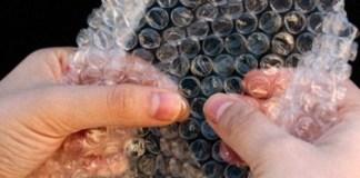 History-Rewind-Bubble-Wrap-invention-PackagingGURUji