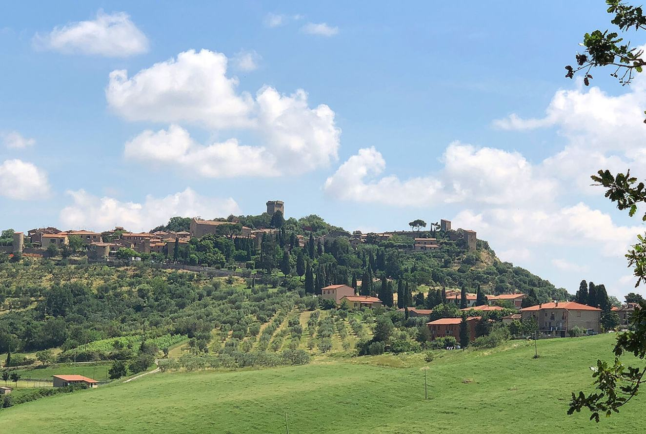 3 Most Beautiful Tuscan Villages You Should Not Miss