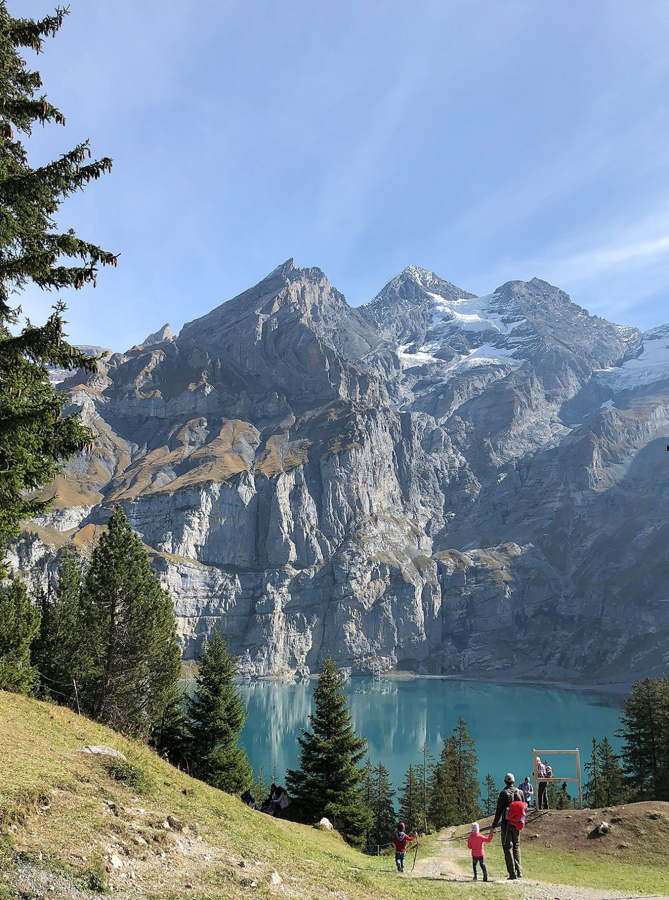 Walking on route via Läger, to the amazing Viewpoint - Oeschinensee - Switzerland