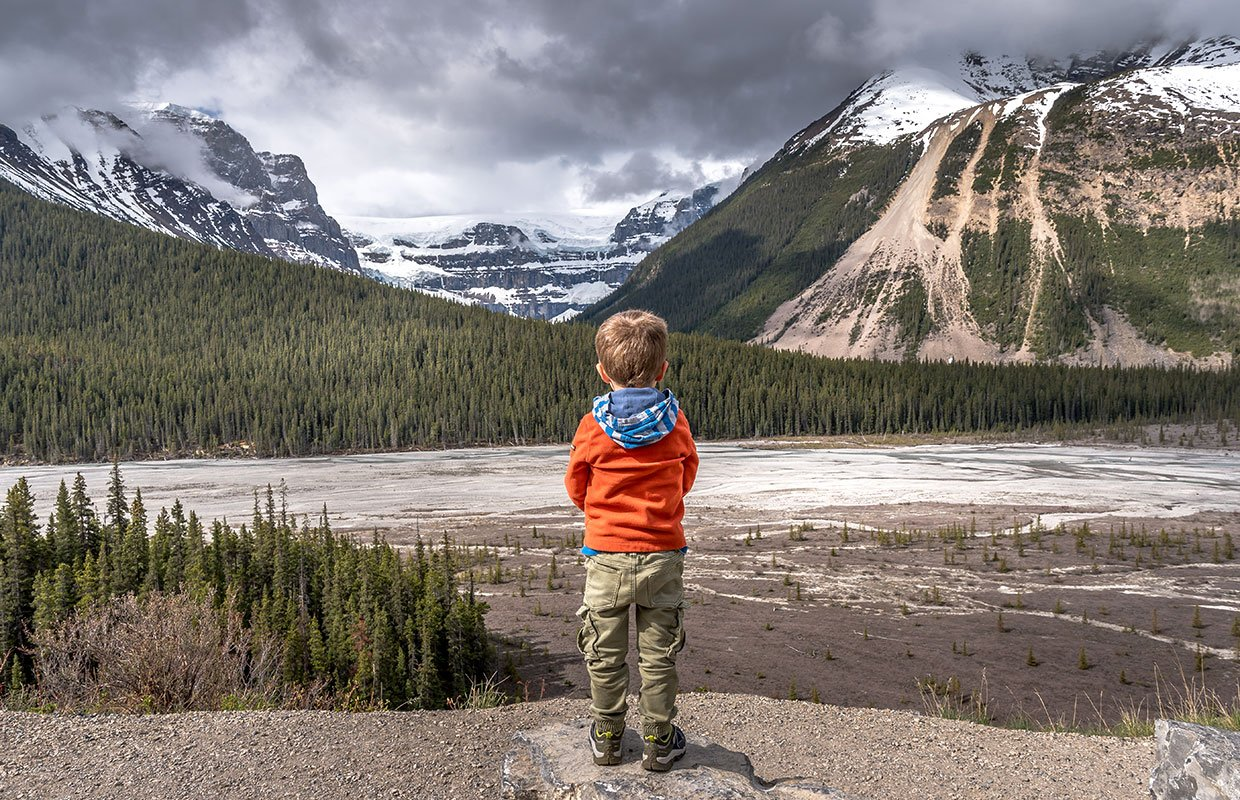 boy looking at the columbian Icefields