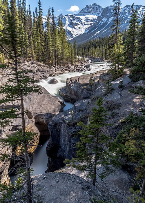 Mistaya Canyon best photography spot in the Canadian rockies
