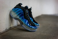 Nike-Air-Foamposite-Blue-Mirror-05