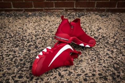 Nike Big Swoosh gym red/white/black