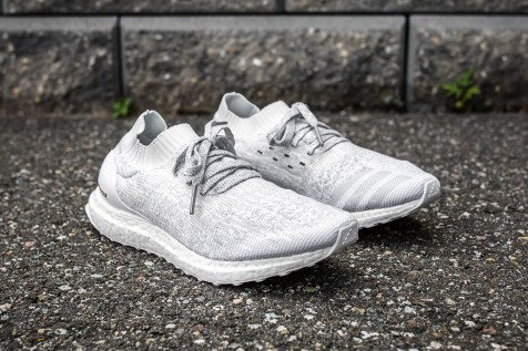 ultra boost uncaged ltd white/clear grey Men