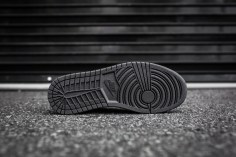 Air Jordan 1 Mid Black-Black-Dark Grey Noir-1