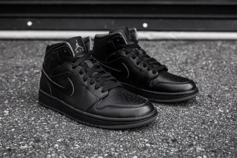 Air Jordan 1 Mid Black-Black-Dark Grey Noir angle