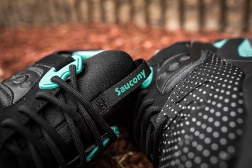 Saucony Grid 9000 'Micro Dot' Black-12
