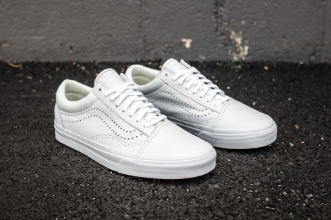 Vans Old Skool Reissue White angle