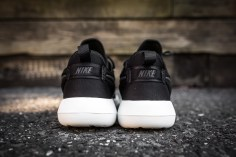 Nike Roshe Two Black-Sail-5
