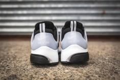 nike-air-presto-black-white-5