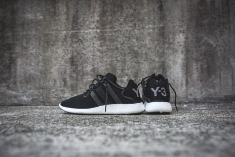 y-3-yohji-run-core-black-white-6