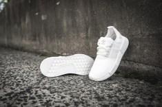 adidas-nmd-r1-white-white-s79166-7