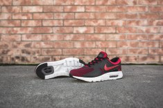 nike-air-max-zero-essential-university-red-876070-600-8