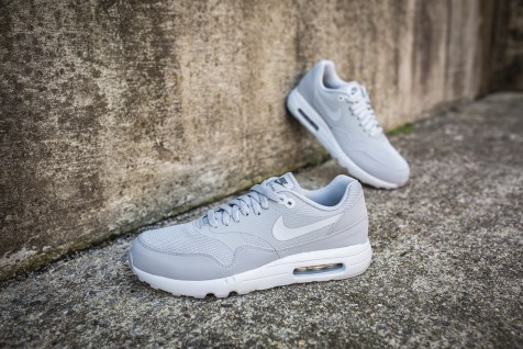 nike-air-max-1-ultra-2-0-essential-875679-001-13