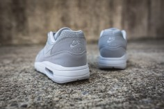 nike-air-max-1-ultra-2-0-essential-875679-001-6