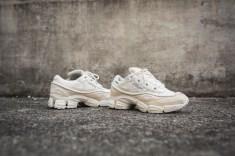 adidas-raf-simons-ozweego-bunny-s81161-8