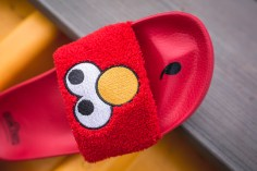 Puma x Sesame Street Slides Elmo 362456 02-12