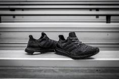 Ultra Boost black-7